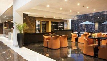 Lobby bar Hotel Urban Aeropuerto Ciudad de México Cidade do México