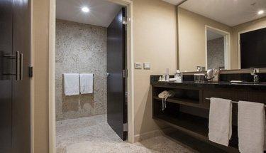 Casa de Banho Quarto Jr Suite Hotel Urban Aeropuerto Ciudad de México Cidade do México