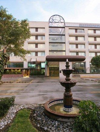 Fachada Hotel Urban Aeropuerto Ciudad de México Cidade do México
